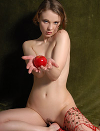 Model irma in apple