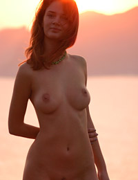 Model ella in pink sunset