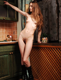 Model dasha in cucina